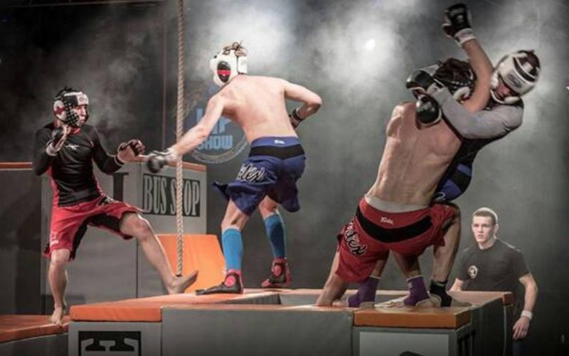 MMA arena-combat 1
