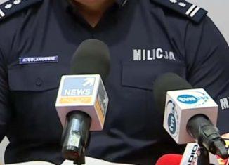 Pijani policjanci biją człowieka
