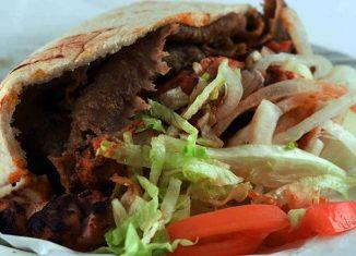 """""""kibol"""" zniszczył kebab"""