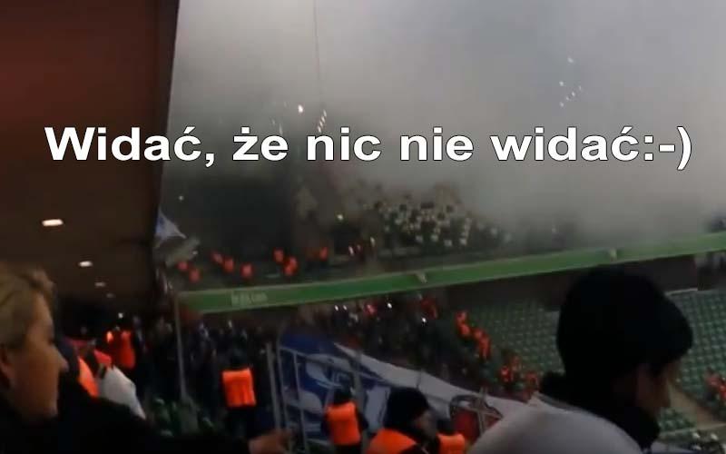 Legia – Ruch - dym na trybunach!