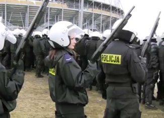 Padły strzały, policja zatrzymała kibiców!